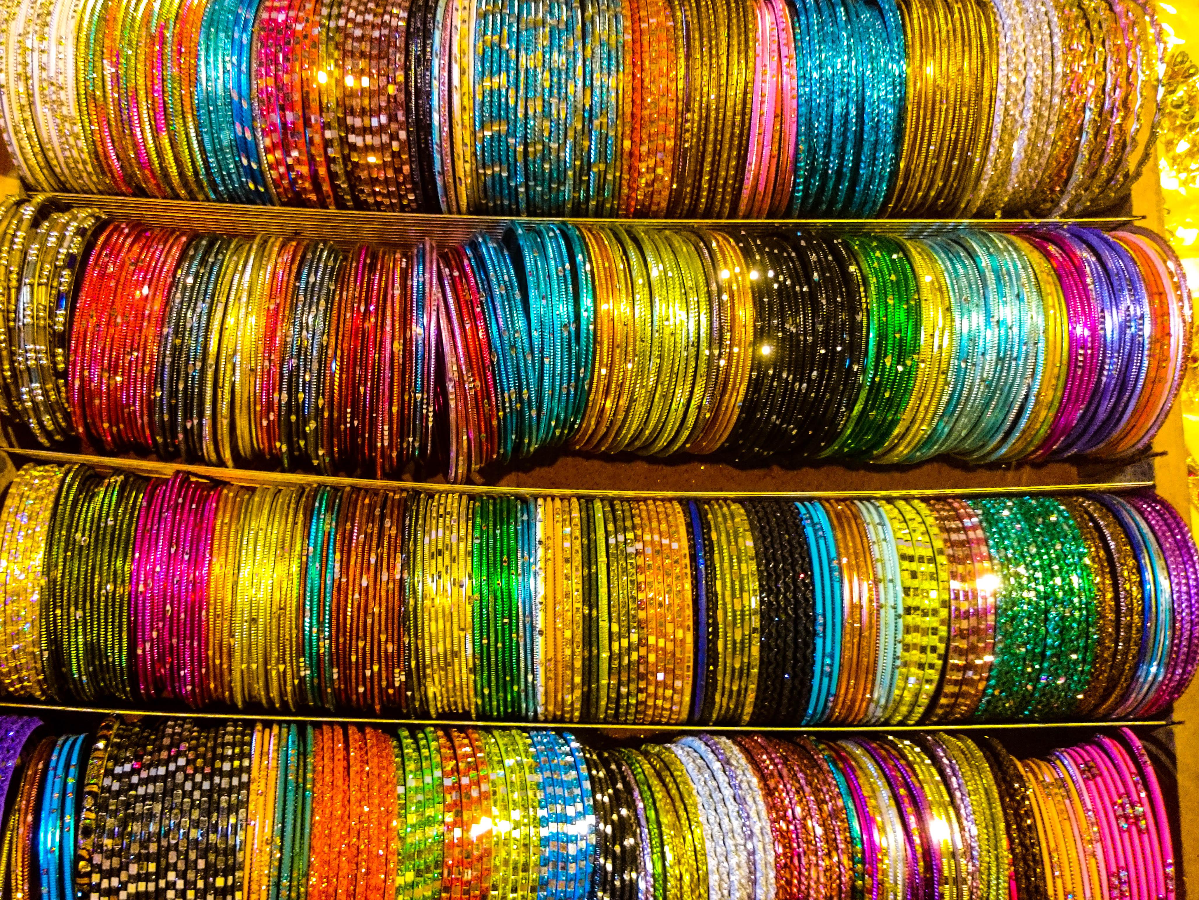 Sunday Market crafts