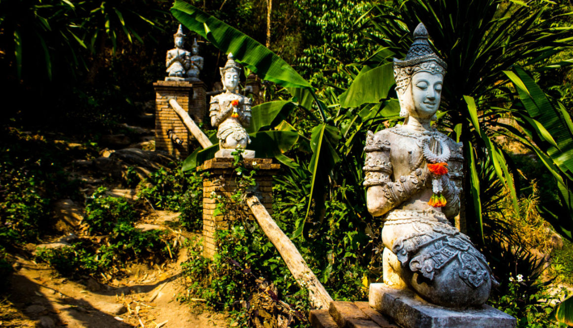 Snapshots – Wat Phalad, Thailand