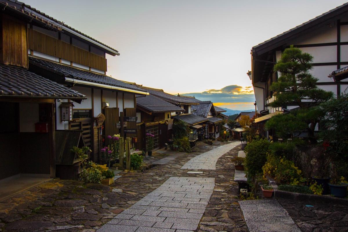 Walking the Nakasendo: Magome and the Stone Pavement of Ochiai