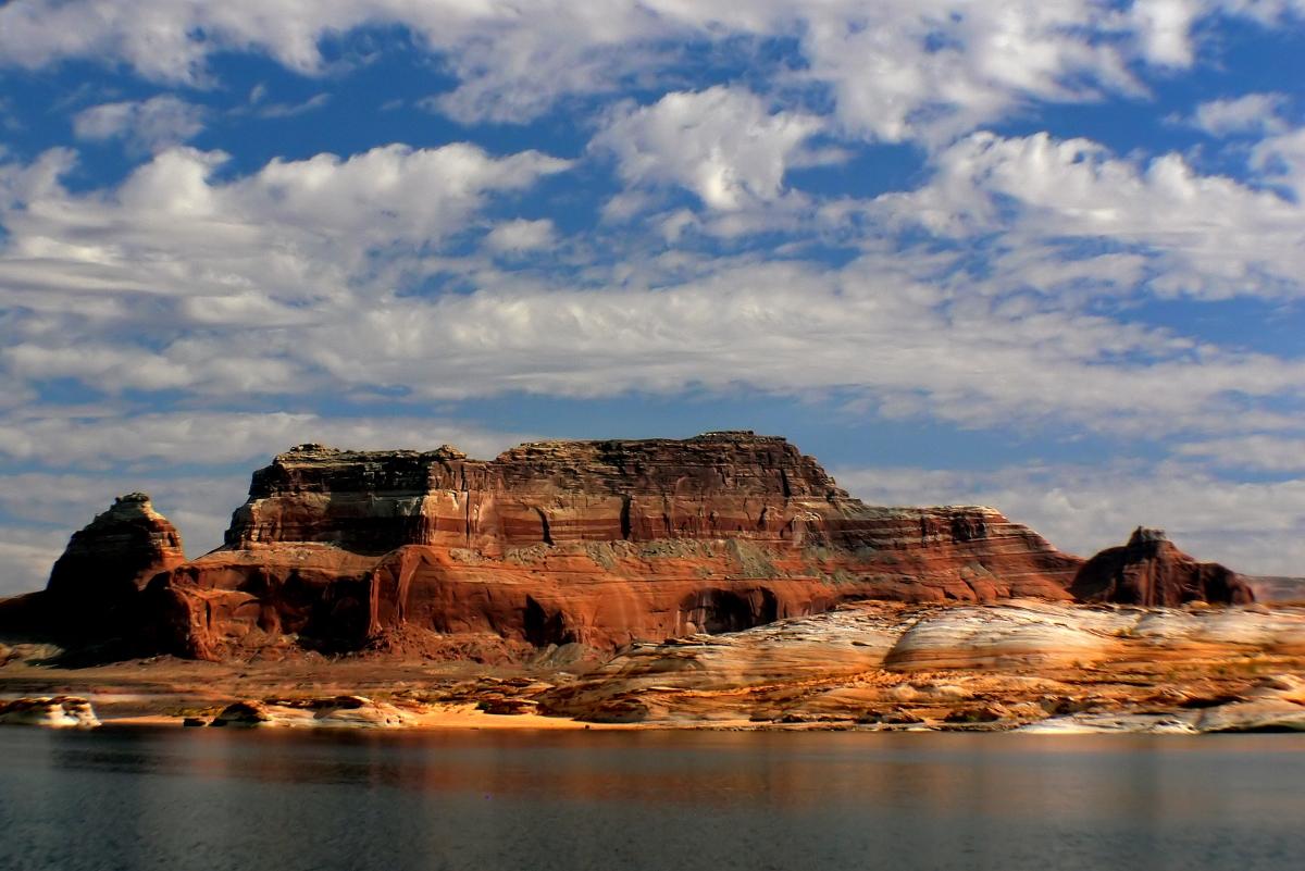 Lake Powell - Beautiful Lakes in the USA