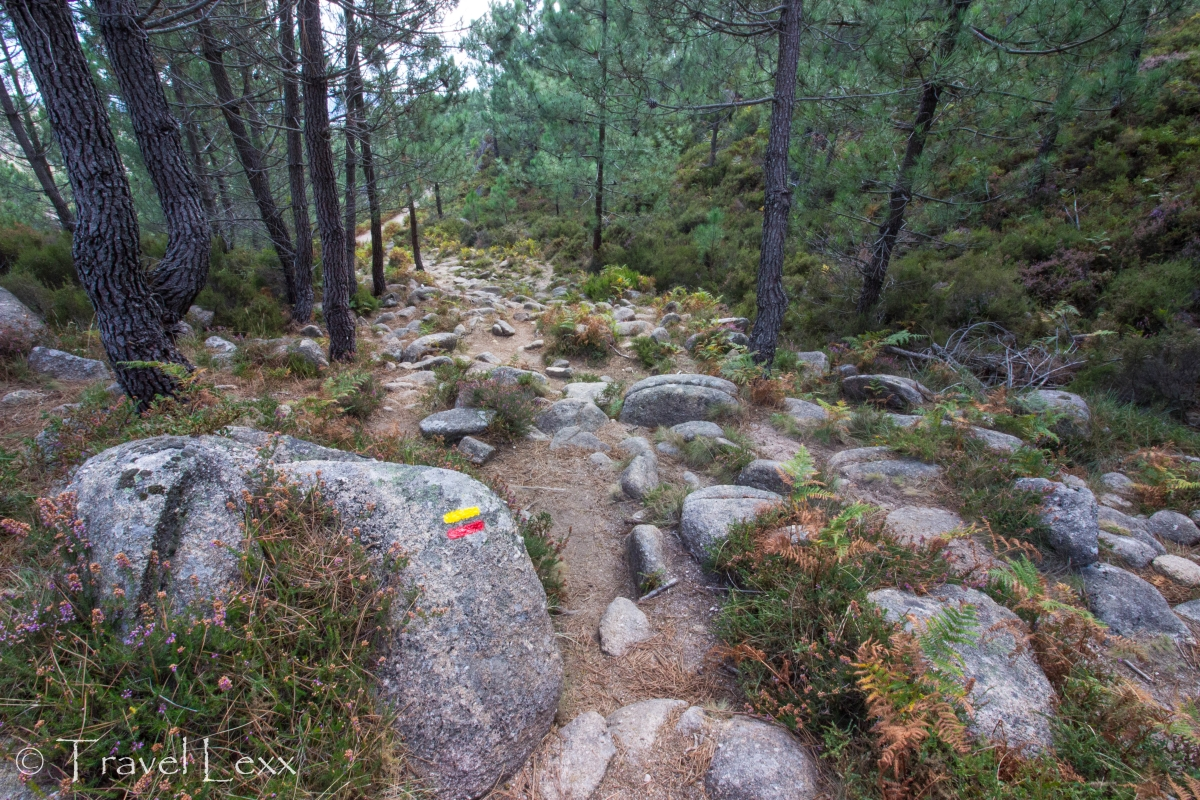 trail markers - Peneda-Gerês national park