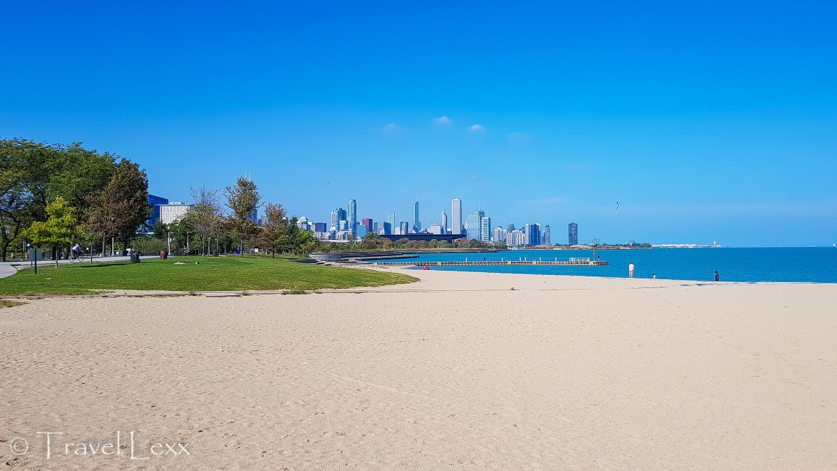 31st Street Beach - Chicago Lakefront Trail
