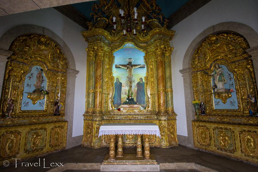 Altars - Capela do Senhor da Pedra