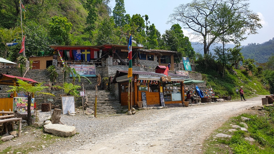 A roadside cafe adorned with colourful flags between Ghandruk and Pokhara